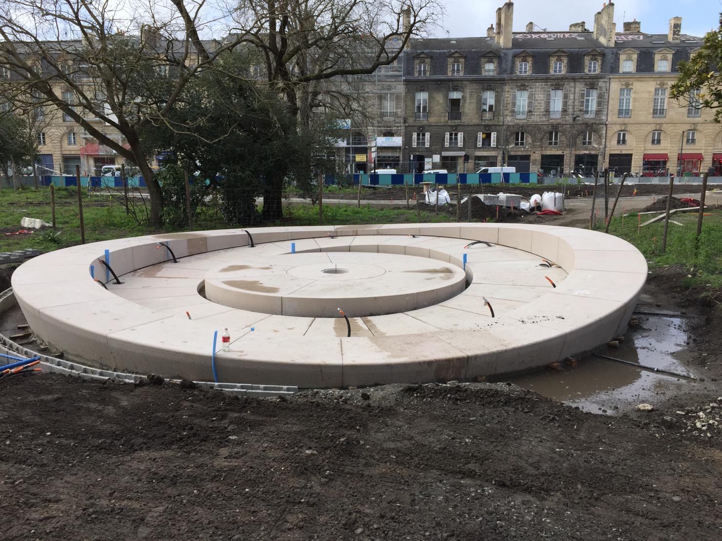 fontaine place gambetta bordeaux comblanchien setp