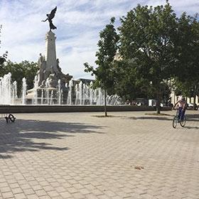 aménagement en pierre de la place de la République à Dijon