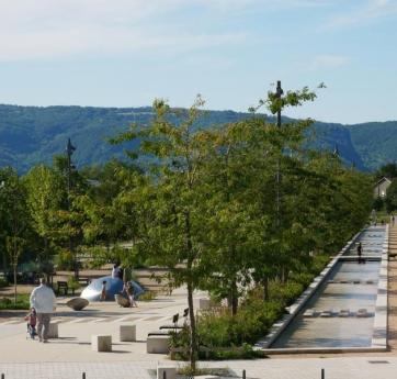 69 Sathonay-Camp ZAC Castellane setp comblanchien marbre plot bassin pavé