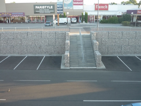 Amenagement de parking en gabions stonebox a Quetigny