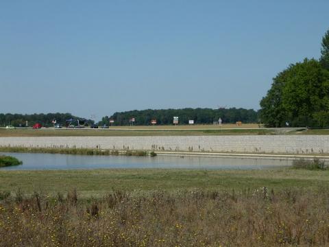 Aménagement paysager avec gabion en soutènement de route à Cesson